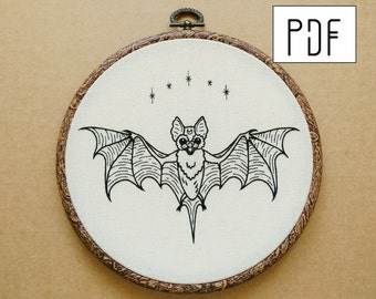 PDF pattern - PDF pattern -  Bat Hand Embroidery Pattern (PDF pattern -  modern embroidery pattern - tattoo embroidery)