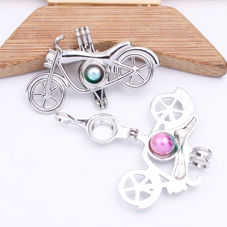10pcs Oyster Pearl Cage Motorcycle Pendant Bead Locket for Aromatherapy Essential Oil Diffuser Necklace Jewelry Making Charms