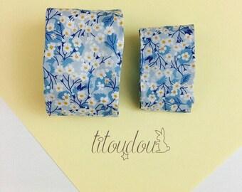 Duo bracelets mère-fille, Manchette tissu bleu clair fleuri, bracelet manchette mère-fille, bijou tissu Liberty, cadeau fête des mères