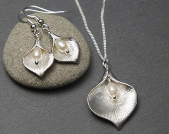 Silver Pearl Jewellery Set - Calla Lily earrings and necklace with freshwater Pearls.