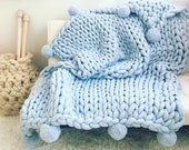 Chunky Knit Blanket with pom poms, Arm Knit Throw, Hand knit, Wool Blanket,Queen size blanket, Merino Wool Blanket,Handmade