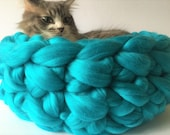 Cat Bed, Vegan Cat bed, Cat Bedding, Chunky Cat bed, Chunky Cat Bed