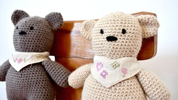 Amigurumi Valentine Teddy Bear Part One - YouTube   321x570