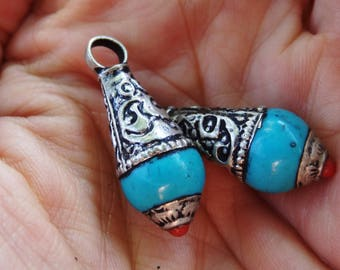 Turquoise Nepalese bead and silver - grab