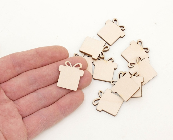 8cm 5x Wooden Present Gift Box Shapes Wood Gift Tag Embellishment Craft Decoration Decoupage MG000407