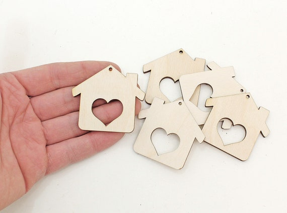 10x WOODEN WELCOME HOME SHAPES gift tag craft card embellishment scrapbook make