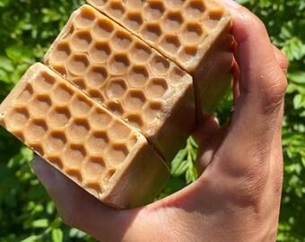 Oatmeal, milk & honey handmade soap (fragrance free)