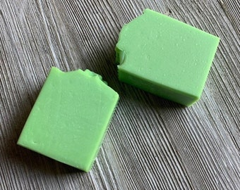 Juicy green apple cold process soap