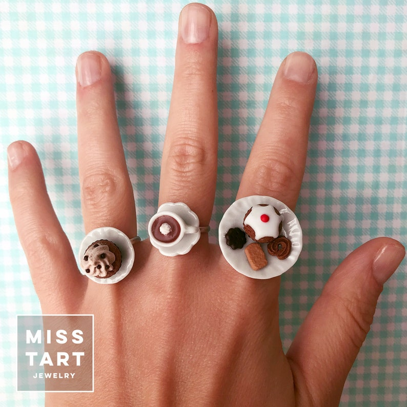 Kawaii hot chocolate cup ring with whipped cream