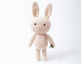 crochet animal, music box // Bunny HENNI//
