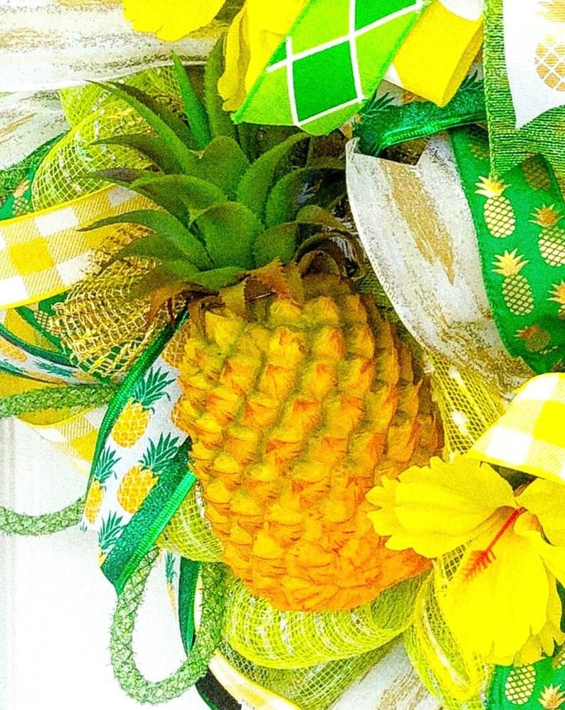 Pineapple gift Summer wreath Pineapple door hanger Summer wreath for front door Pineapple wreath Pineapple wall decor Pineapple decor