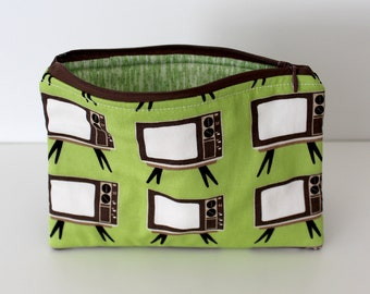 Retro TVs/Green Static Zipper Bag