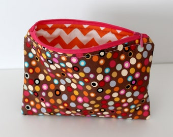 Brown Dots/Orange Zig Zags Zipper Bag