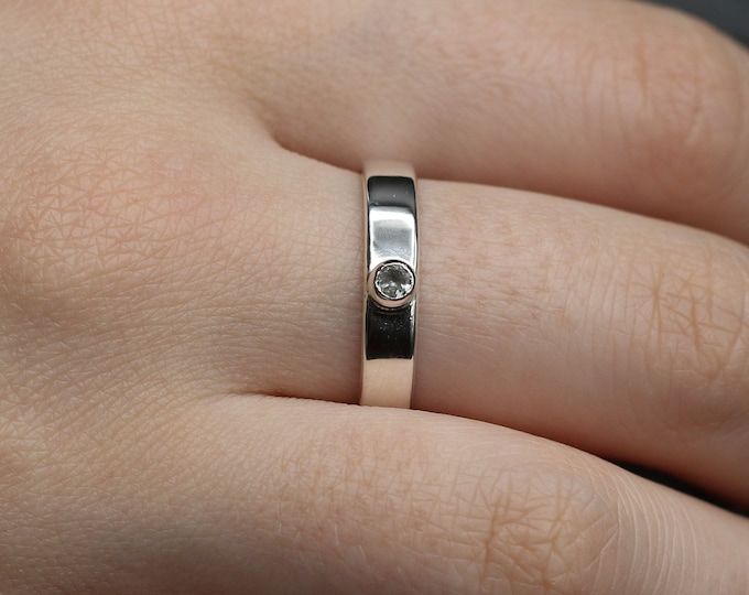 White Topaz and Sterling Silver Minimalist Ring
