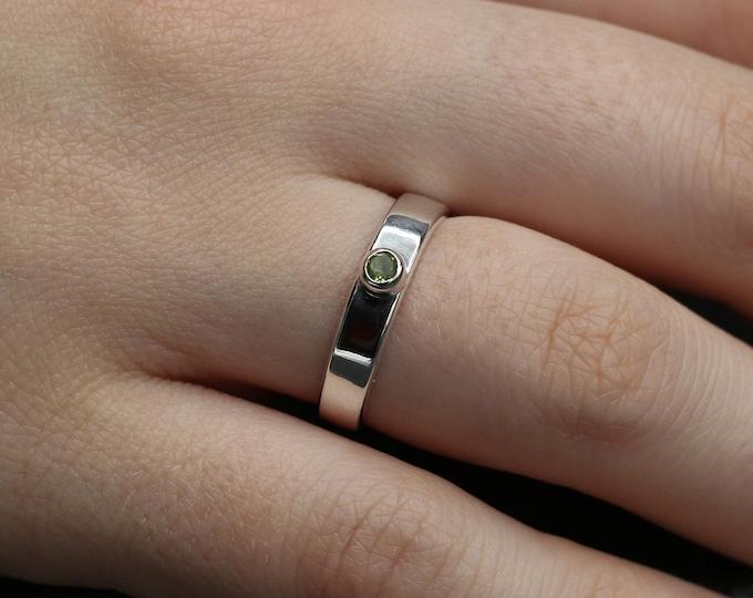 Peridot and Sterling Silver Minimalist Ring