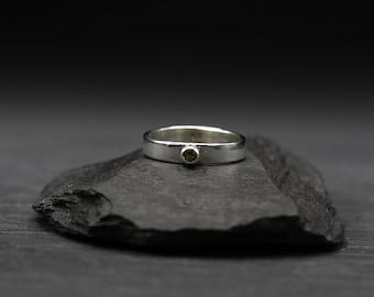 Peridot and Sterling Silver Minimalist Ring