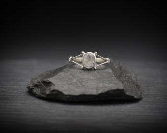 Moonstone x Sterling Silver Ring