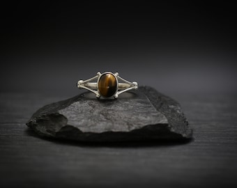 Tiger's Eye x Sterling Silver Ring
