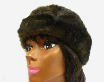 751c08cc5c152 Vintage Faux Fur Winter Hat Brown Beret Beanie