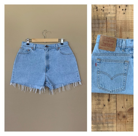 "32"" Levis High Waisted Shorts/Levis Shorts/90s sho"