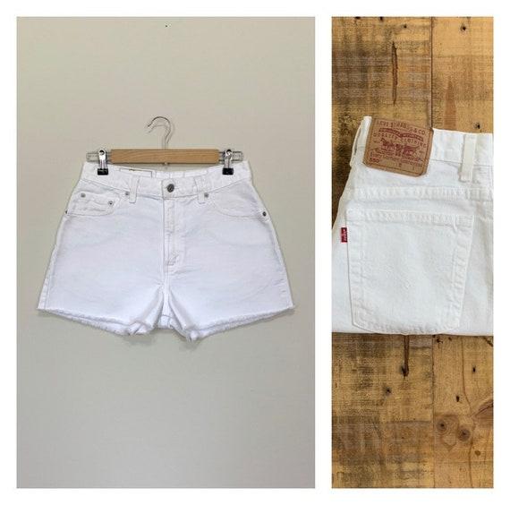 "29"" White Levis Shorts High Waisted Cutoffs /Levis"