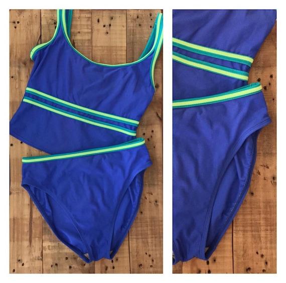 Vintage Bikini High Waist High Cut Bikini / Bikini