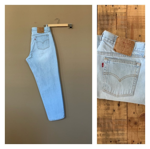 "35"" Levis High Waisted Jeans Straight Leg / Levis"