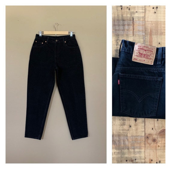 "30"" Levis Jeans High Waisted Tapered Leg/Levis 550"