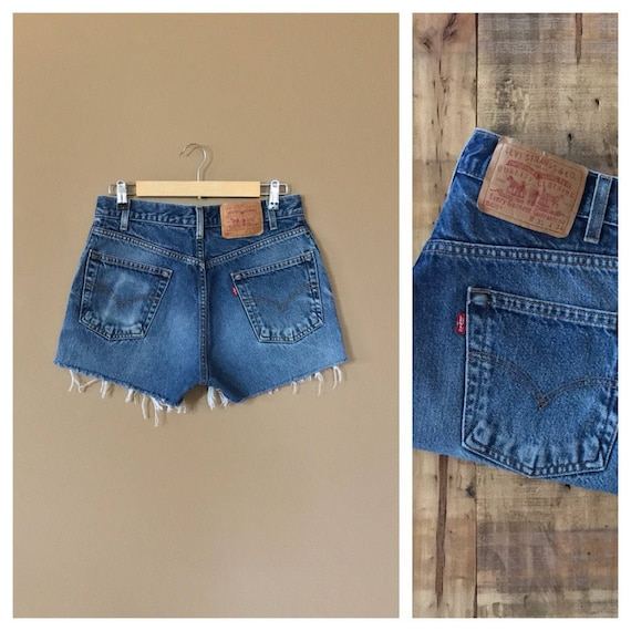 "30"" Levis High Waisted Denim Shorts/Levis Shorts/9"