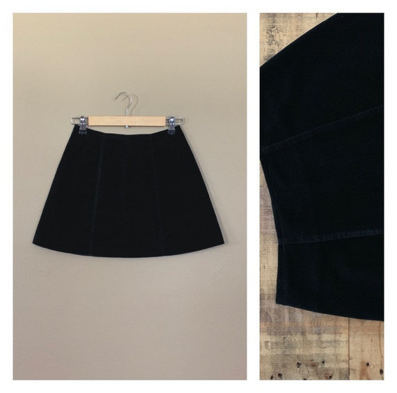 """25"""" Black Guess Skirt High Waisted / 90's Guess V… - image 1"""