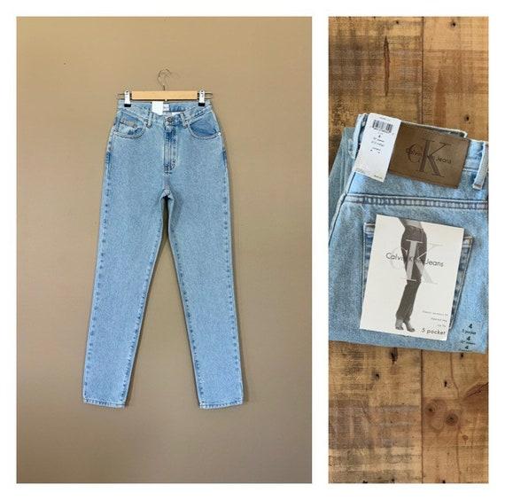 "26/27"" Calvin Klein Jeans High Waisted / 90's High"