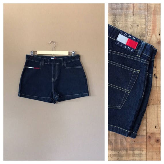 High Waisted Tommy Hilfiger Shorts/Vintage Tommy H