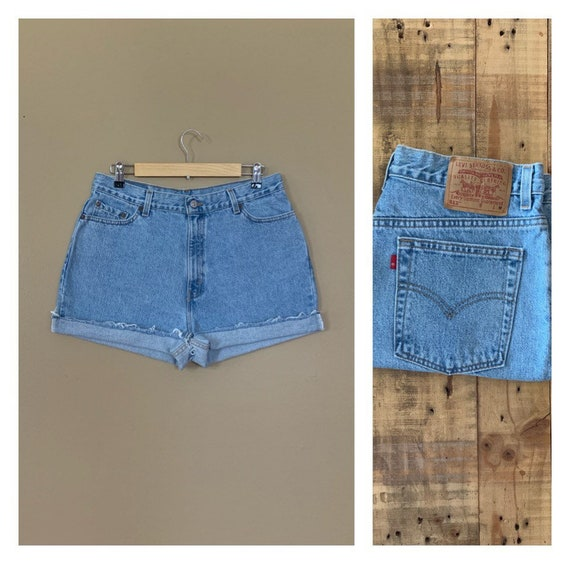 "33"" Levis High Waisted Shorts/Levis Shorts/90s sho"