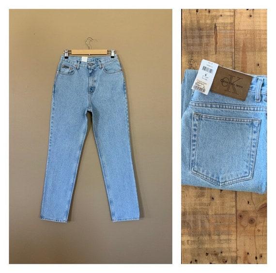 "29/30"" Calvin Klein Jeans High Waisted / 90's High"