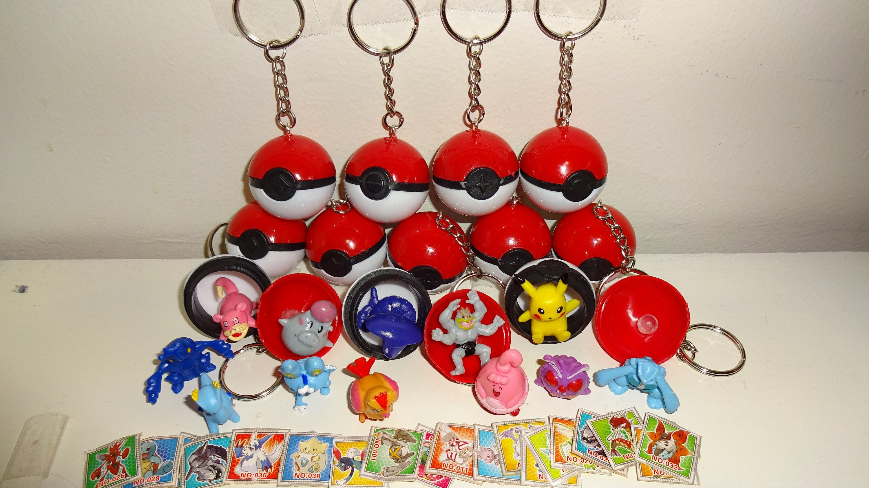 Pokemon Go 24 Mini Figures Plus Pikachu Kids Loot Party Bag Fillers Pokeball UK