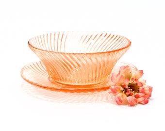 VINTAGE: Pink Glass Plate Set   Kitchen   Dining   Home Decor   SKU  22 C 00011236
