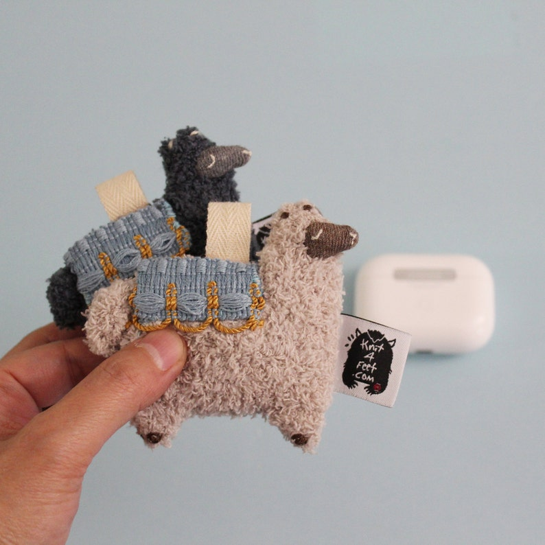 Alpaca AirPods Pro Case AirPods Pro Holder AirPods Pro image 0