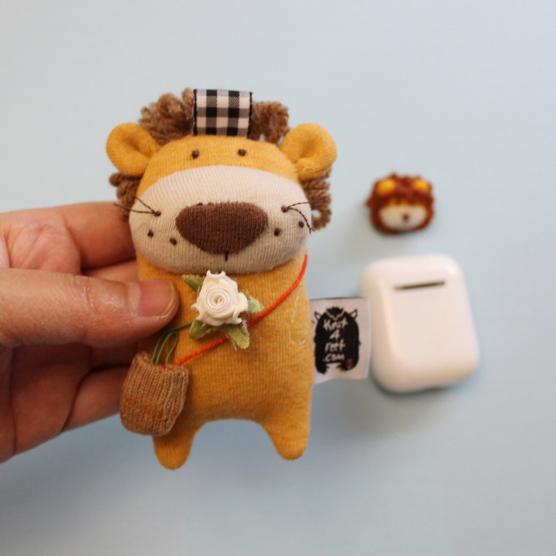 Lion AirPods Case Lion Earphone Holder AirPods Pouch Lion image 0