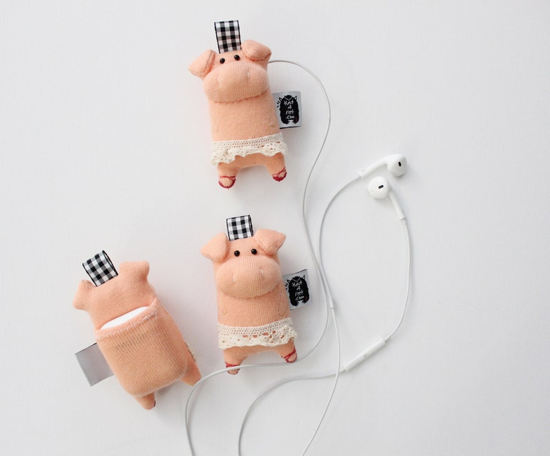 Soft Knit AirPods Case Pig AirPods Holder Pig Toy Pig image 0