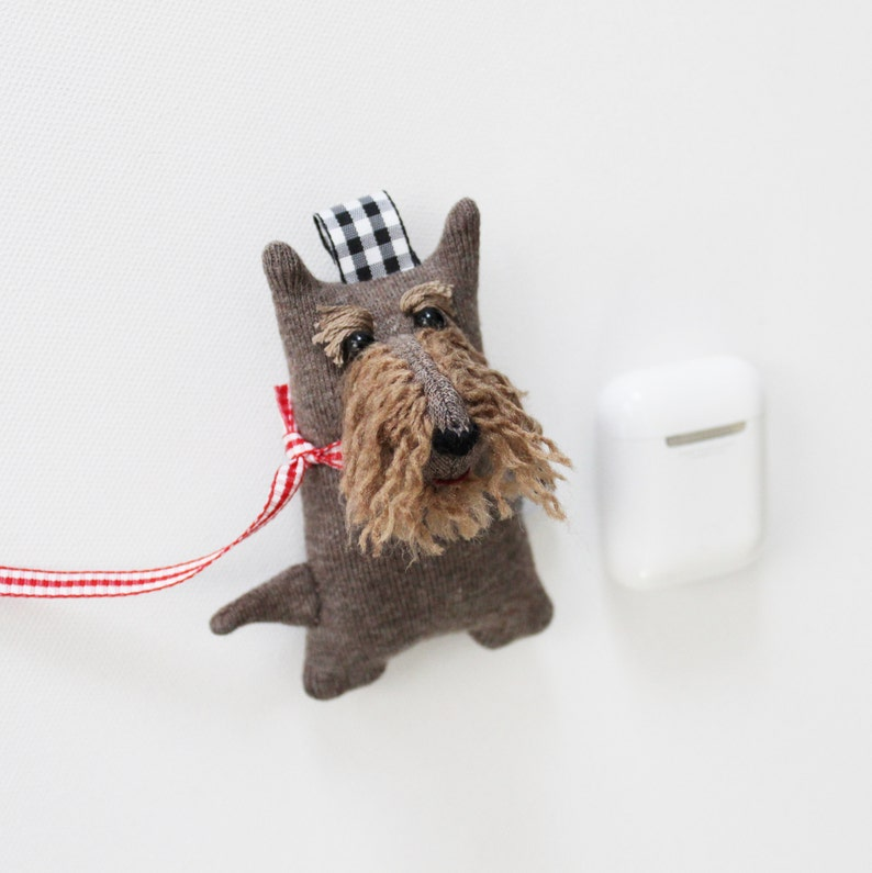 Schnauzer  Soft Knit AirPods Case Schnauzer AirPods Holder Brown