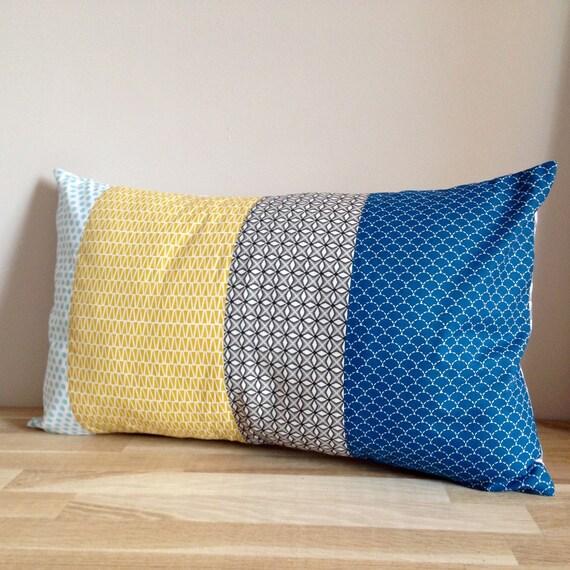 housse de coussin rectangulaire 30 x 50 patchwork bleu. Black Bedroom Furniture Sets. Home Design Ideas