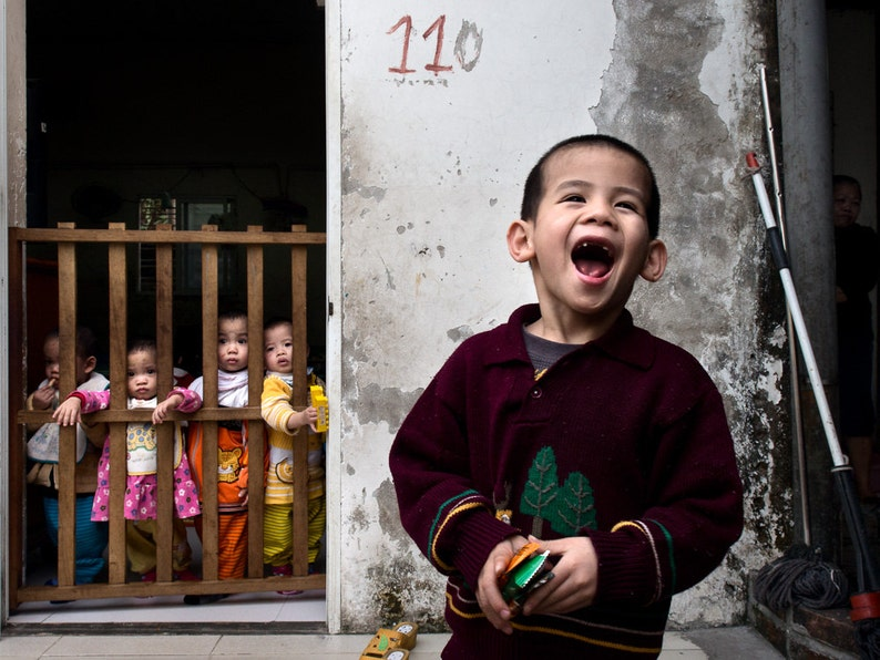 Fine Art Photography with Children and smile Vietnam. image 0