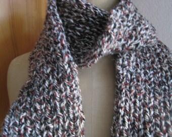 25e75e984cea Echarpe en laine tricot fait main   Etsy