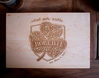 Celtic design, Cead Mile Failte, Irish gift engagement, engraved wood cutting board, birthday, shamrock, anniversary, wedding, housewarming