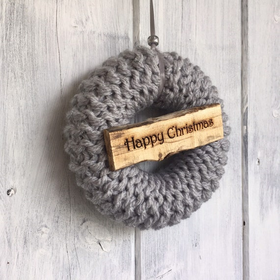 14cm Knitted Christmas Wreath