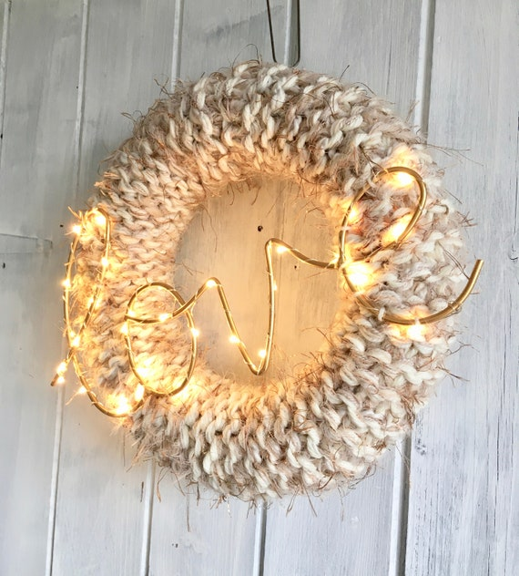 35cm Knitted Wreath Love Wedding