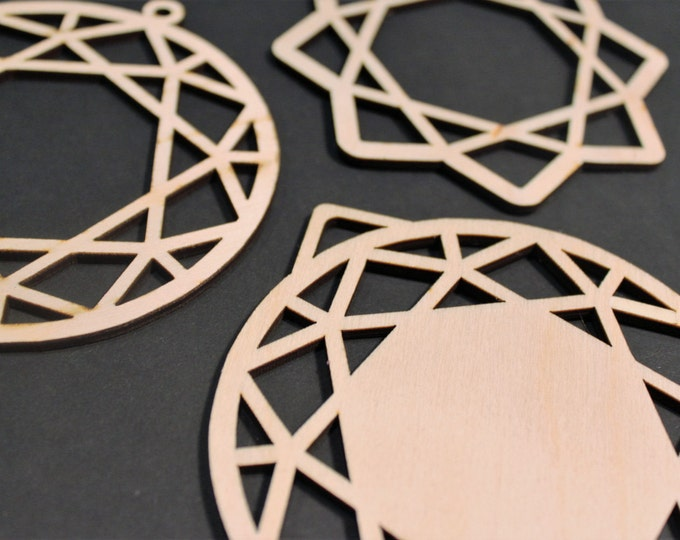 Christmas Tree Baubles, Hanging round star Decorations Pack of 3 Shatterproof and Environmentally friendly laser cut geometric design