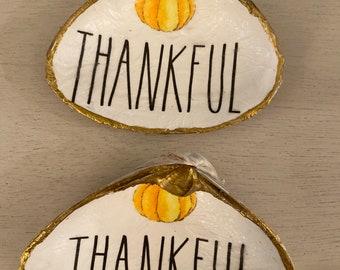 Thankful decoupaged shells