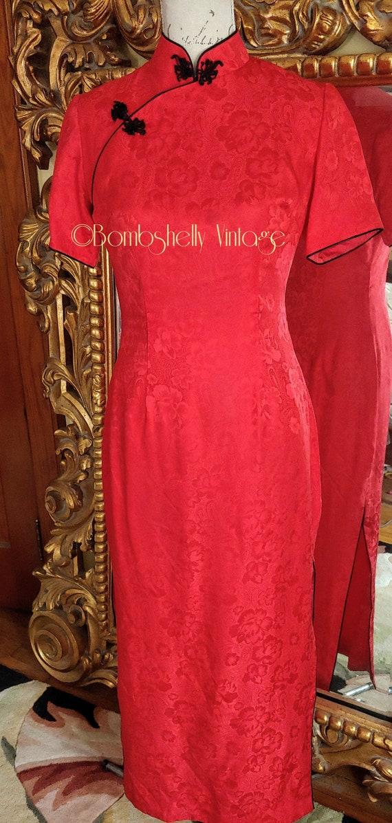 Vintage 60's Red Chinese Cheongsam Silk Dress