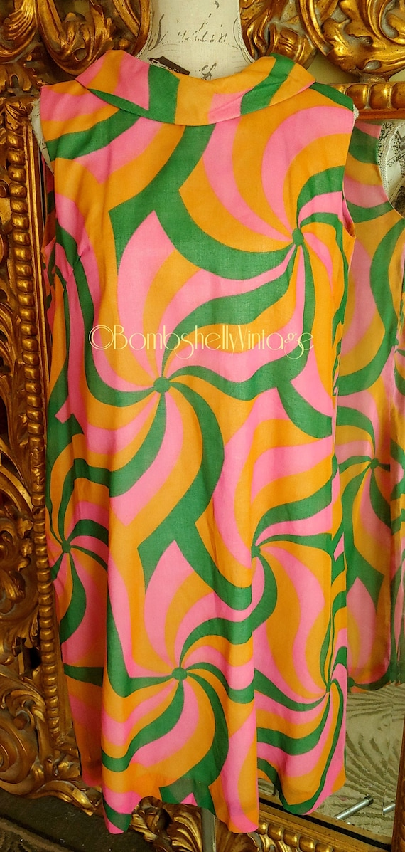 Vintage 60's Mod Psychedlic Pin Wheel Tent Dress